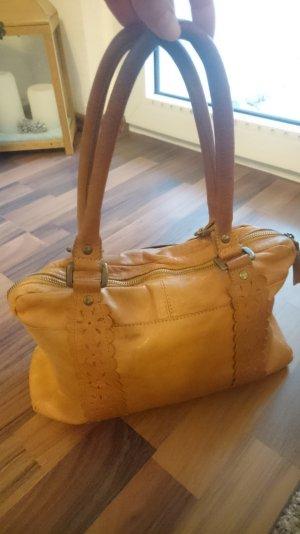 hellbraune Handtasche aus Leder
