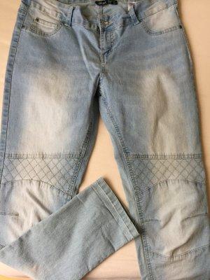 helle Ankle-Jeanshose mit 7/8-Länge
