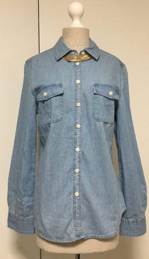 Helle blaue Jeans Bluse