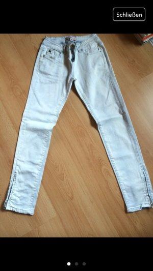 Helle Jeans mit Reißverschluss