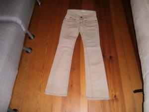 Helle Jeans mit vielen Details - Größe 34 - Promod