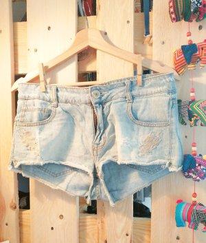 Helle Jeans-Shorts von Zara
