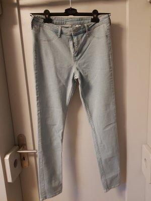 Helle Jeans von H&M in Größe 30