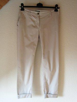 Helle Sommer-Buisness-Hose mit geraden Beinen