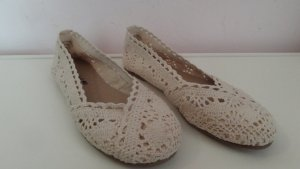 American Eagle Outfitters Ballerinas cream