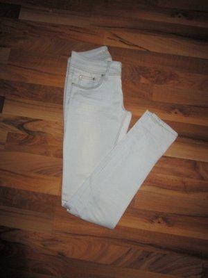 Jeans cigarette bleu clair-blanc