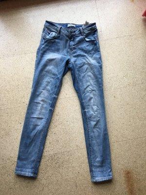 Helle verwaschene Jeans