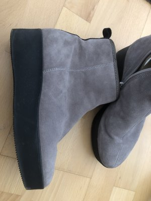 Högl Fur Boots light grey