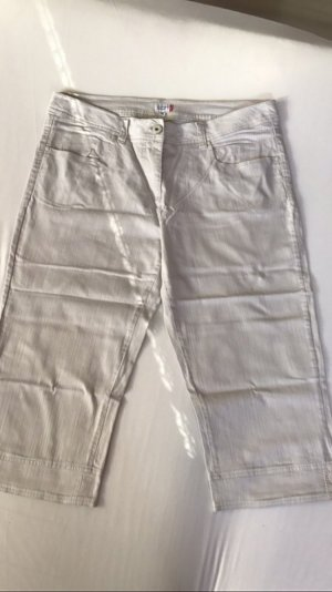 Hellgraue 3 / 4 Jeans