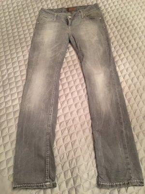Hellgraue distressed Jeans von Soccx DNM