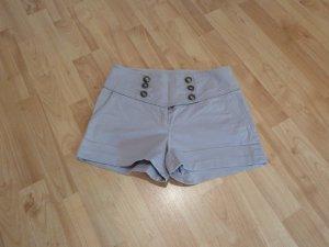 Hellgraue High-waist Shorts