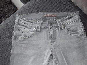 hellgraue Jeans Gr. 38
