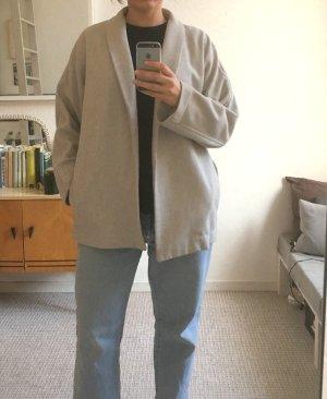Hellgraue MTWTFS Kimono Jacke