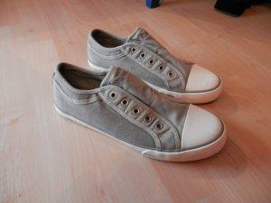hellgraue Sneaker von s.Oliver