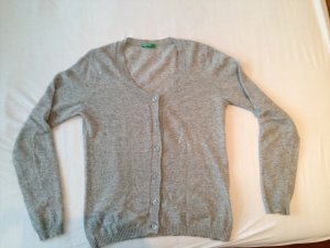 Hellgraue Strickjacke von Benetton, Gr. M
