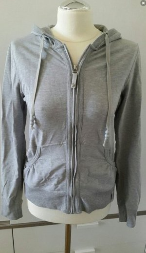 Hellgrauer Hoodie von Cotton Made in Africa