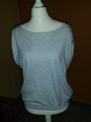hellgrauer Kurzarmpullover von Esprit in  Gr M mit raffiniertem Rückenausschnitt