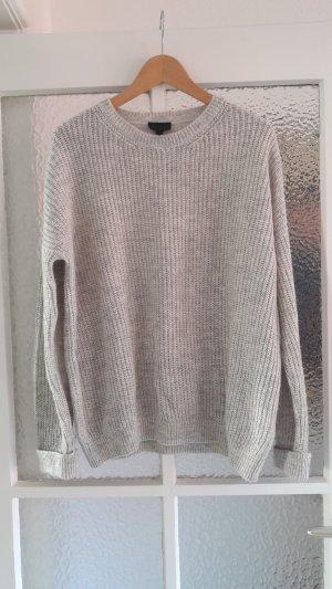 Hellgrauer Oversized-Pullover