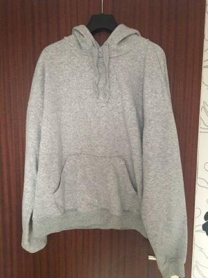 Hellgrauer Pullover zu verkaufen
