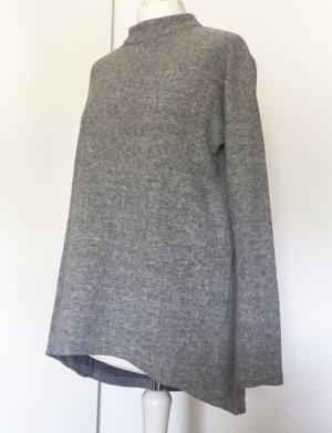 Hellgrauer warmer Pullover mit Stehkragen von Vero Moda