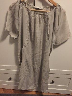 Hellgraues Kleid von Zara