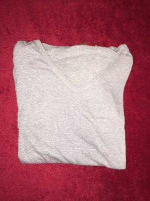 hellgraues Langarmshirt mit Kaputze