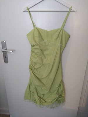 Hellgrünes Cocktailkleid