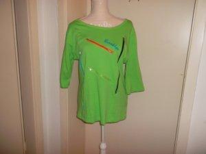 hellgrünes shirt,reissverschlüsse,neuwertig,3/4arm,grösse 44/46,rainbow