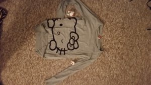 Hello Kitty Pullover in grau