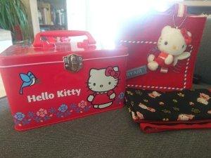 Hello Kitty Schmuck/Kosmetik Kiste + Tasche + Tuch