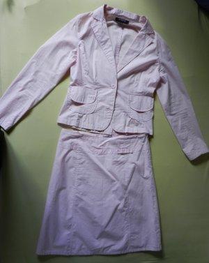 Tailleur crème-rose clair