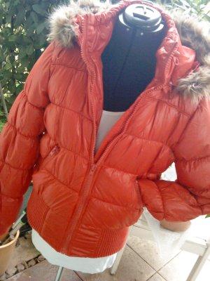hellrote Steppjacke Blousonform mit großer Kapuze mit Fellrand Vero moda L
