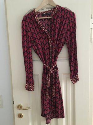Hemd-Blusen-Kleid von Zara