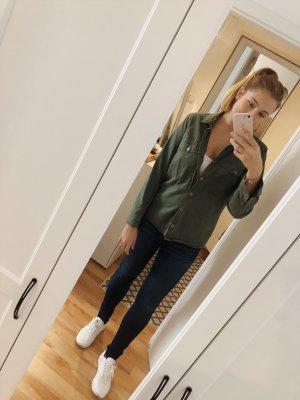 Hemd / Jacke in olivegrün