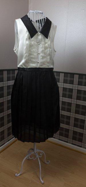 Hemdkleid mit Lederoptikkragen & Plisseerock