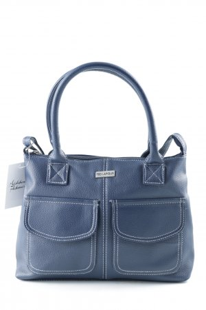 Bolso barrel azul oscuro look casual