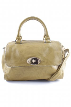 Carry Bag ocher casual look