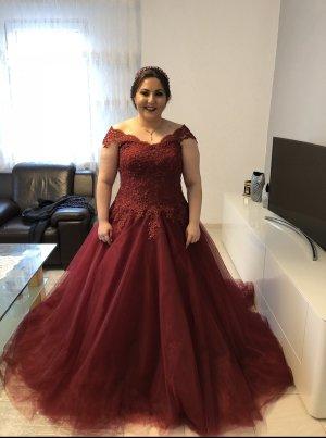Wedding Dress bordeaux