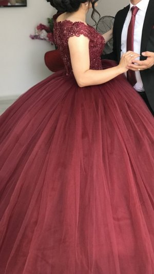 Wedding Dress bordeaux