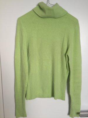 Jersey de cuello alto verde pálido