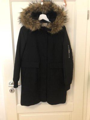 Zara Abrigo con capucha negro