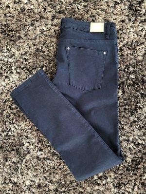 Herbstliche Jeans von Zara - gerader Schnitt Gr. 42 Dunkelblau