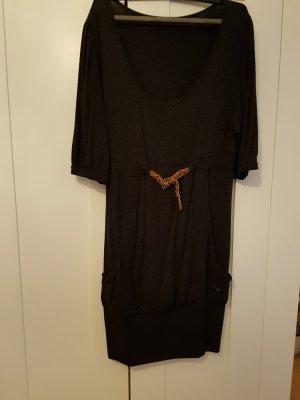 Herbstliches Kleid von Khujo