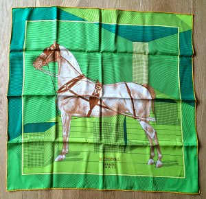 "HERMES CAREE ""H CHEVAL"" SEIDENTUCH 66cm x 66cm"