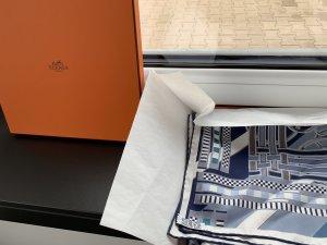 Hermès Carré Twill Tuch 100% Seide wie neu/ blau