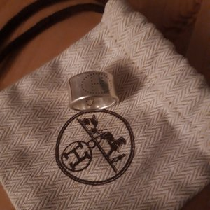 Hermès Anillo de cuentas color plata plata verdadero