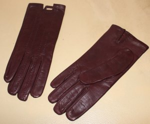 Hermès Leather Gloves brown red leather