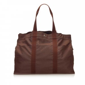Hermès Reistas bruin