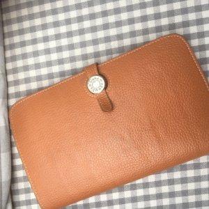 Portefeuilles de Hermès à bas prix   Seconde main   Prelved 22b595c68a9