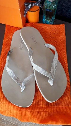 Hermès Sandalo infradito grigio chiaro-beige